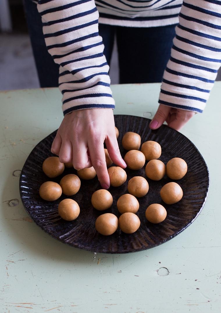 vegane-peanut-butter-balls_08451_70348